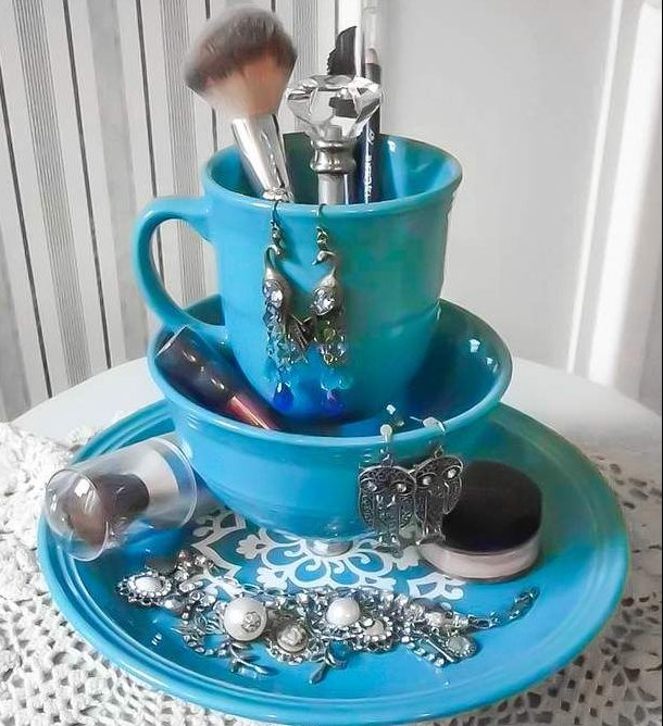 17 Staggering Ideas For Recycling Old Kitchen Items