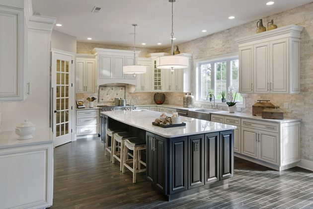 15 Fascinating Two Toned Kitchen Ideas That Are Worth Seeing