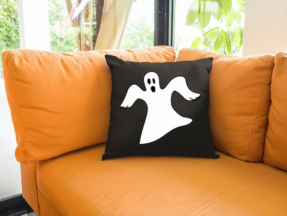 15 Adorable Handmade Halloween Pillow Designs Your Holiday Decor Needs
