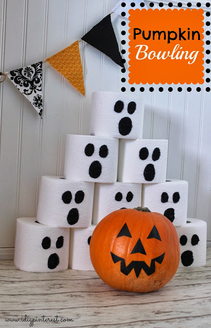 15 Awesome DIY Halloween Party Decor Ideas For Last Minute Inspiration
