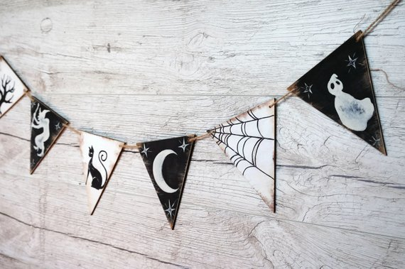 15 Spooky Handmade Halloween Banner Designs You Can Make