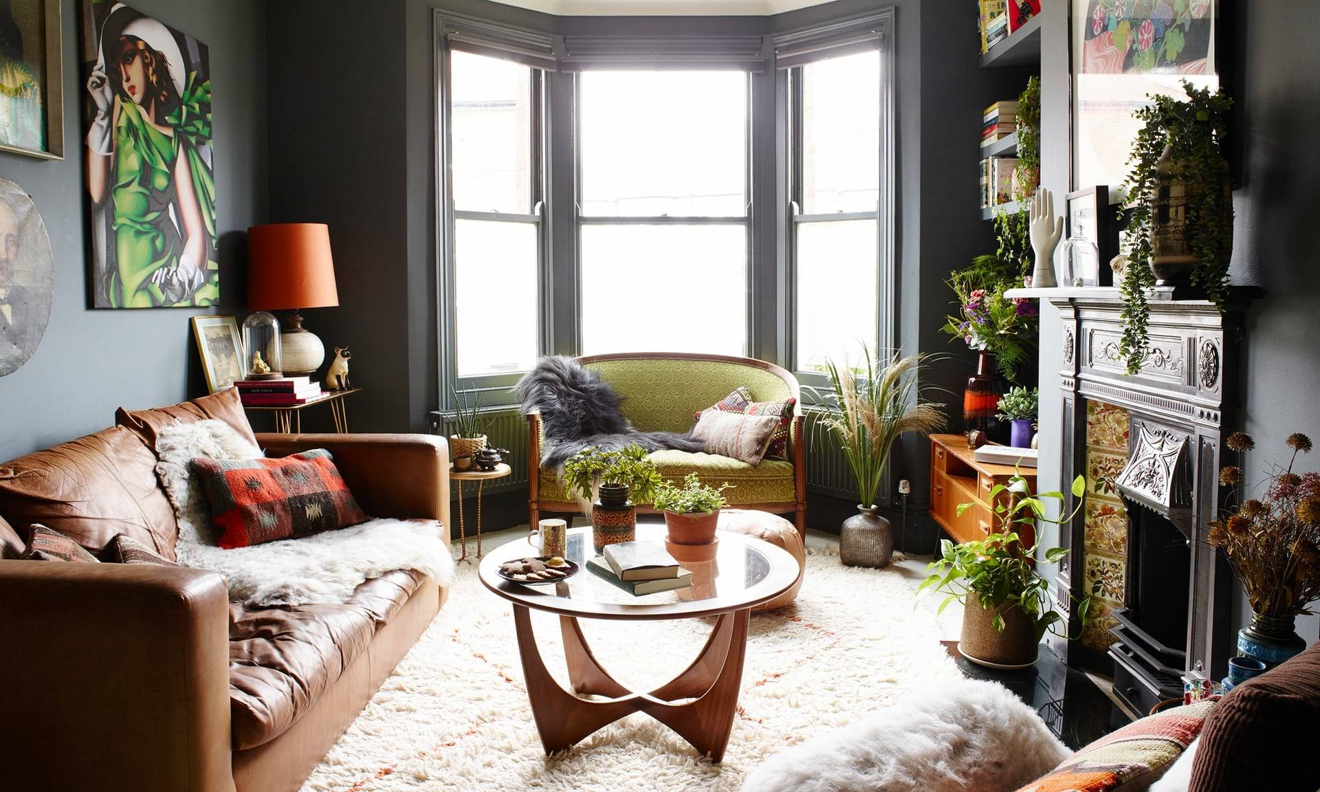 17 Comfy Eclectic Living Room Designs That Are All About