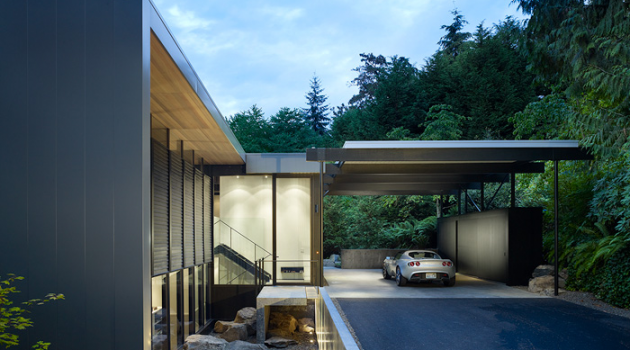 Wood Block Residence by Chadbourne + Doss on Mercer Island, Washington
