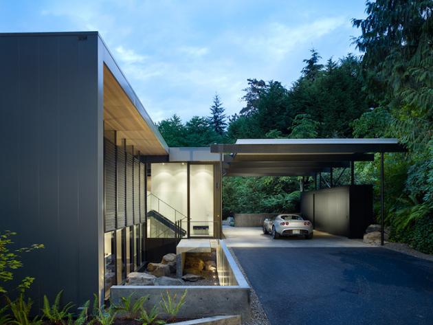 Wood Block Residence by Chadbourne + Doss on Mercer Island, Washington