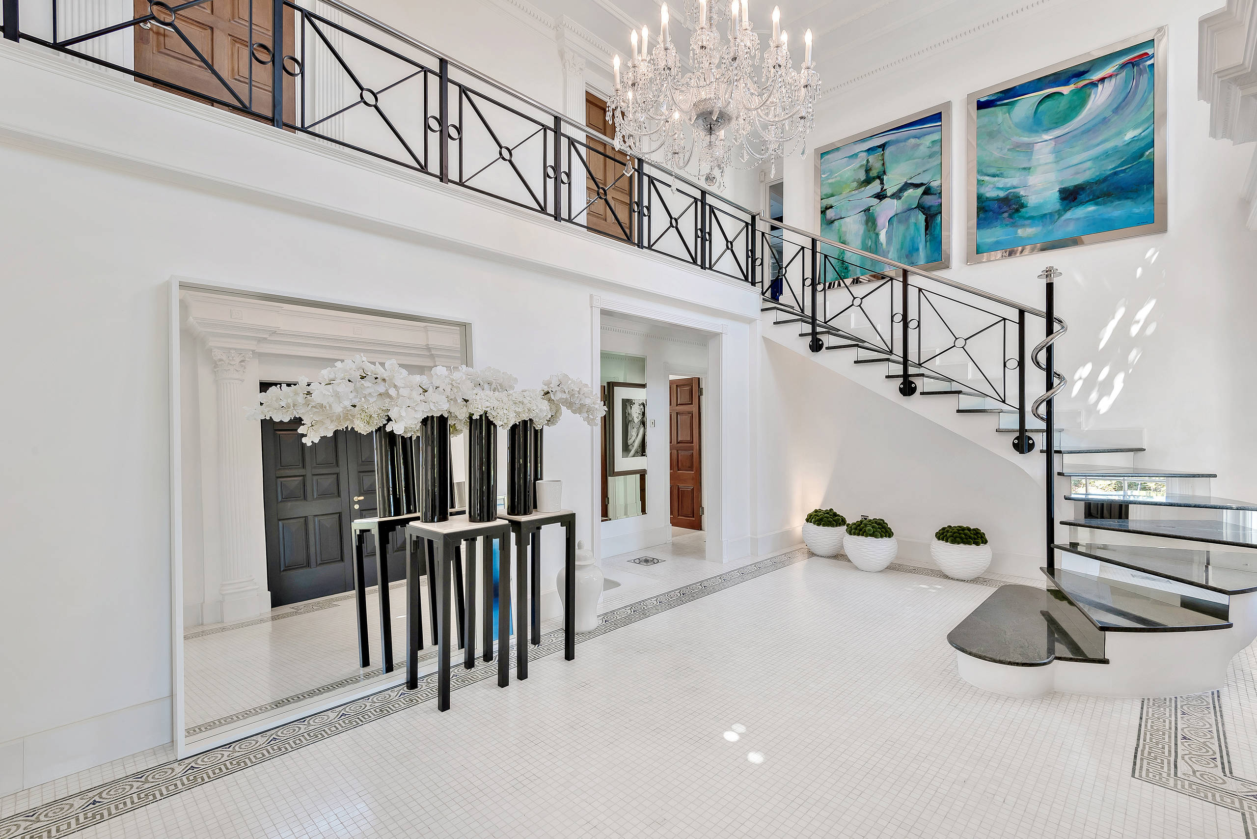 15 Boldly Elegant Eclectic Staircase Designs You Must See