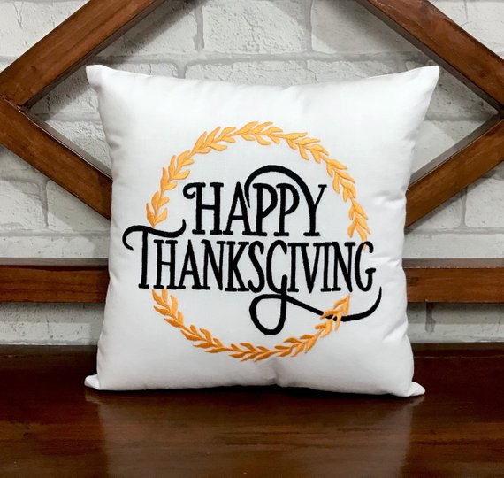 16 Charming Handmade Thanksgiving Pillow Designs For The Perfect Gift