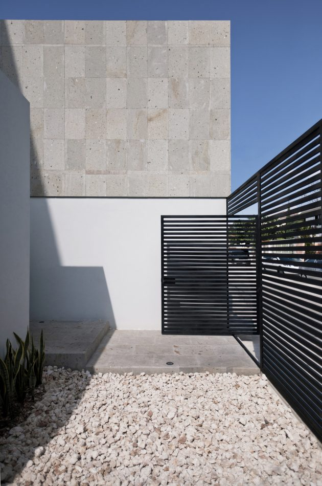 Cereza House by Warm Architects in Cancun, Mexico