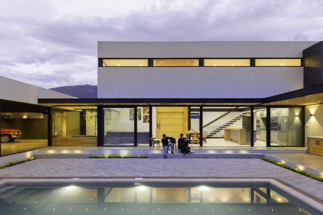 Collectors House by CU+AR ESTUDIO in Paute, Ecuador