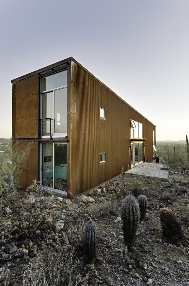 Diamond Head Mountain House by Rob Paulus Architects in Tucson, Arizona
