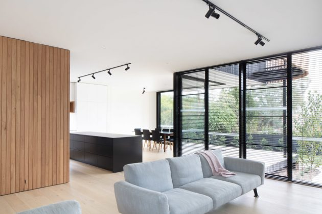 Ivanhoe Extension by Modscape in Melbourne, Australia