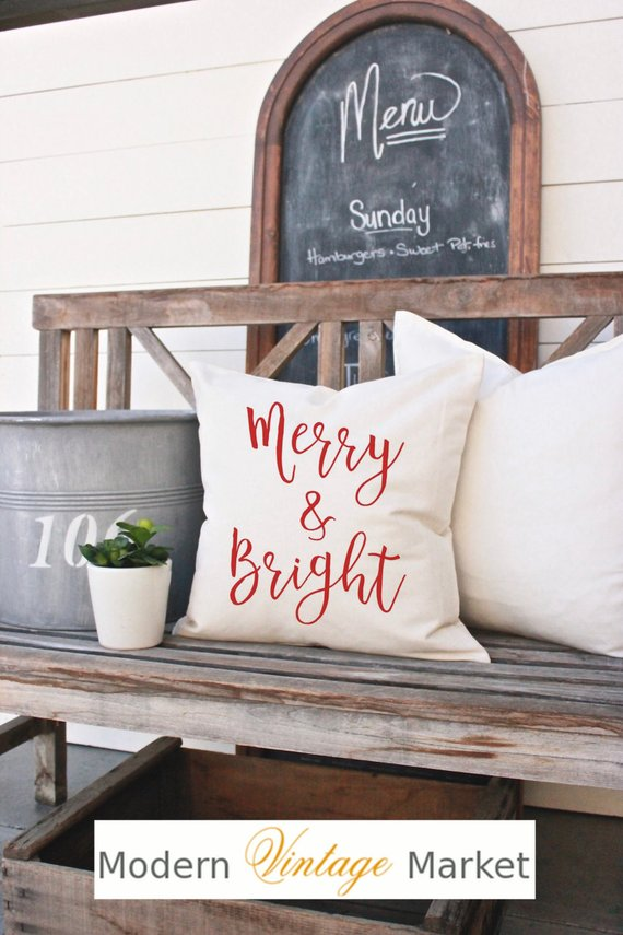 15 Joyful Handmade Christmas Pillows And Covers For Your Decor