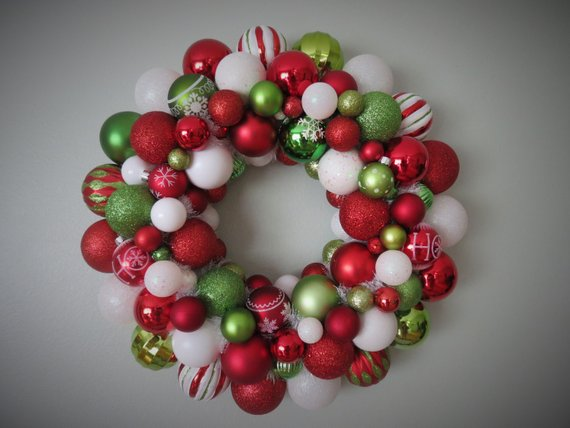 15 Whimsical Handmade Christmas Wreath Designs For The Most Wonderful Time Of The Year