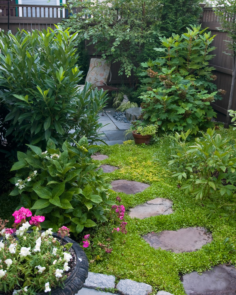 17 Lovely Outdoor Garden Design Ideas 2018: 16 Lush Shabby-Chic Landscape Designs You'll Fall In Love With