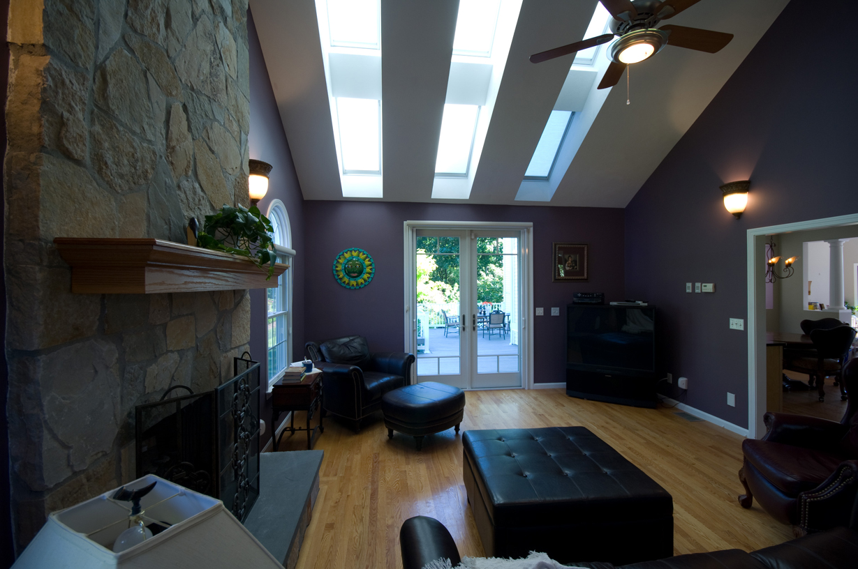 Perfect Ideas For Designing Entrance With Skylight