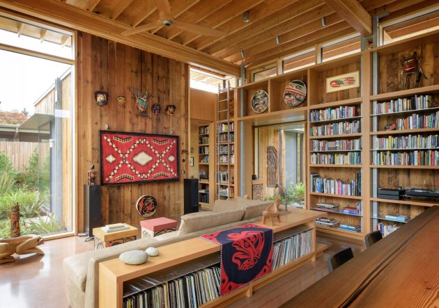 City Cabin by Olson Kundig in Seattle, Washington