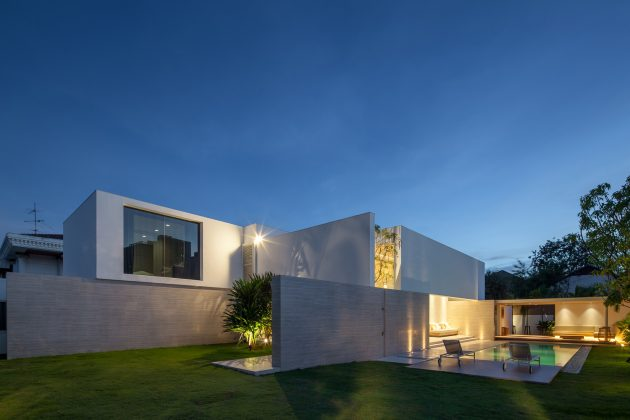 Pa House By Idin Architects In Bangkok Thailand