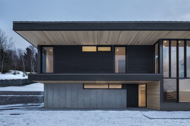 Villa Vingt by Bourgeois / Lechasseur Architects in Lac Beauport, Canada