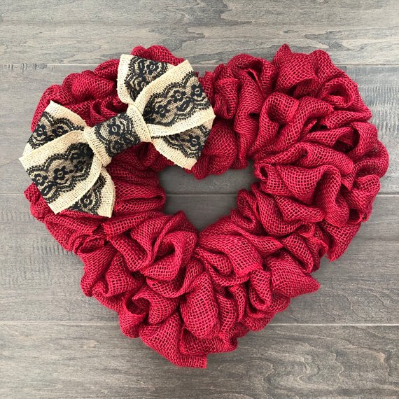 15 Enchanting Handmade Valentines Day Wreath Designs Youll Love