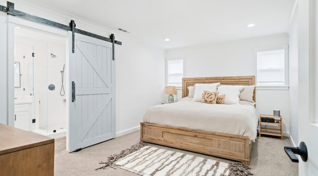 16 Magical Farmhouse Bedroom Designs You Can't Resist