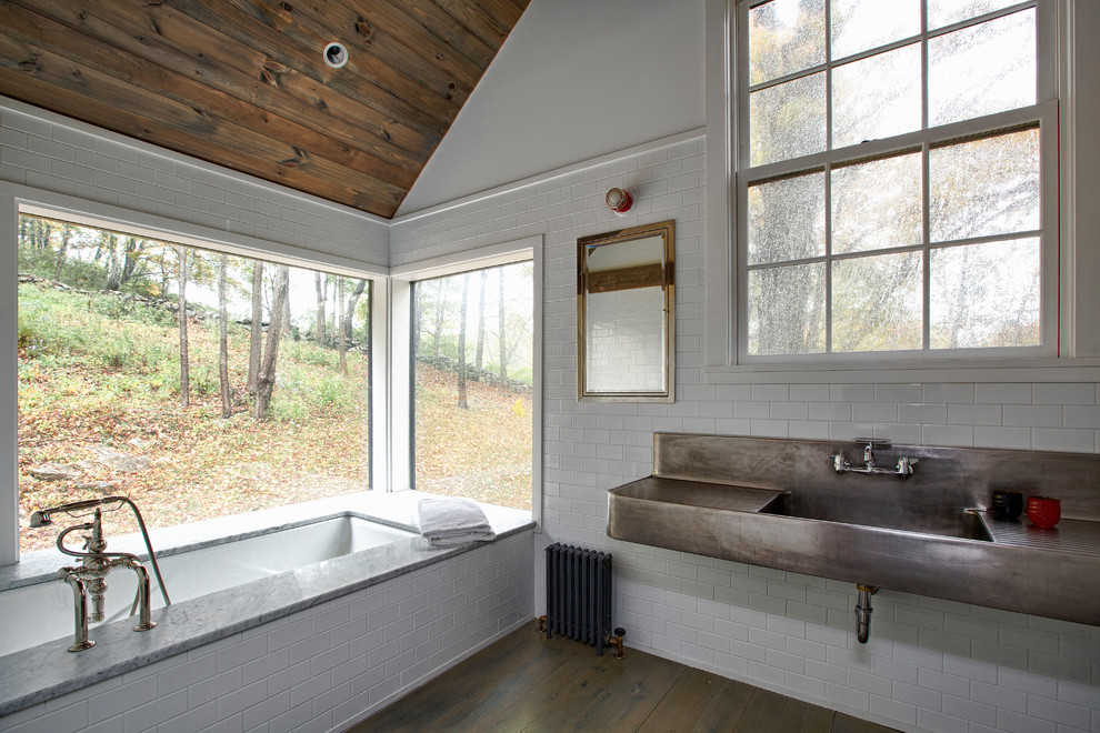 17 Wonderful Farmhouse Bathroom Designs Youll Adore