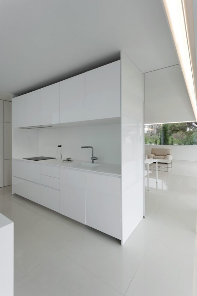 Breeze House by Fran Silvestre Arquitectos in Castellón, Spain