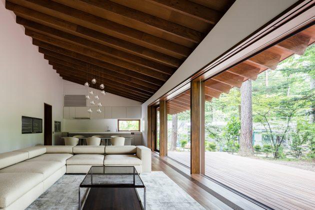 Four Leaves Villa by KIAS in Karuizawa, Japan