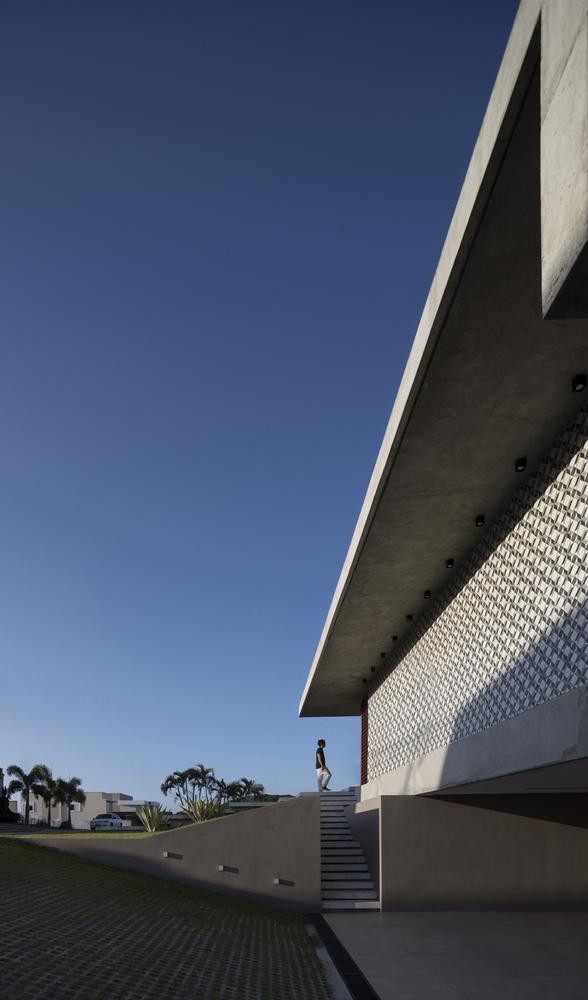 IF House by Martins Lucena Arquitetos in Ponta Negra, Brazil