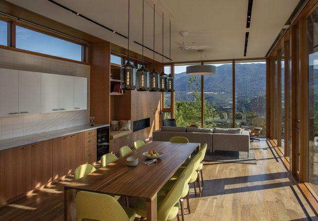 Lichen House by Schwartz and Architecture in Glen Ellen, California