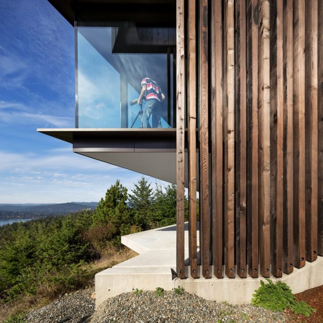 Okada Marshall House by DArcy Jones Architects in Sooke on Vancouver Island
