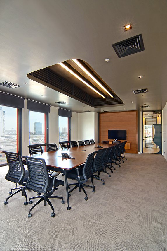 The Elegant Harmony Between The Office Interior and The Brand Prestige…