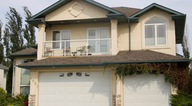 Don't Paint Vinyl Windows Saskatoon- Just Replace Them!