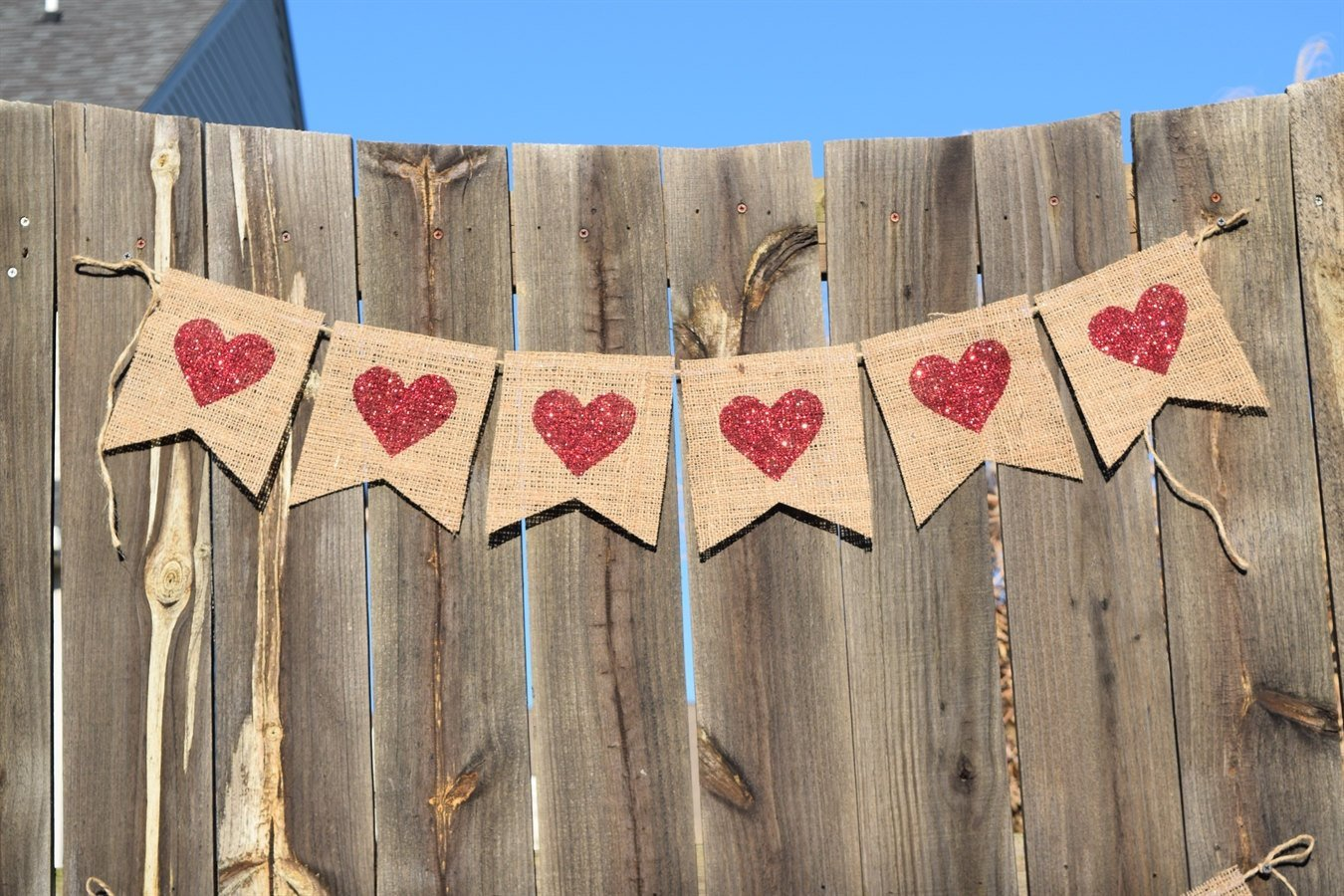 15 Sweet Handmade Valentine's Day Banner Designs To Spice Up The Atmosphere