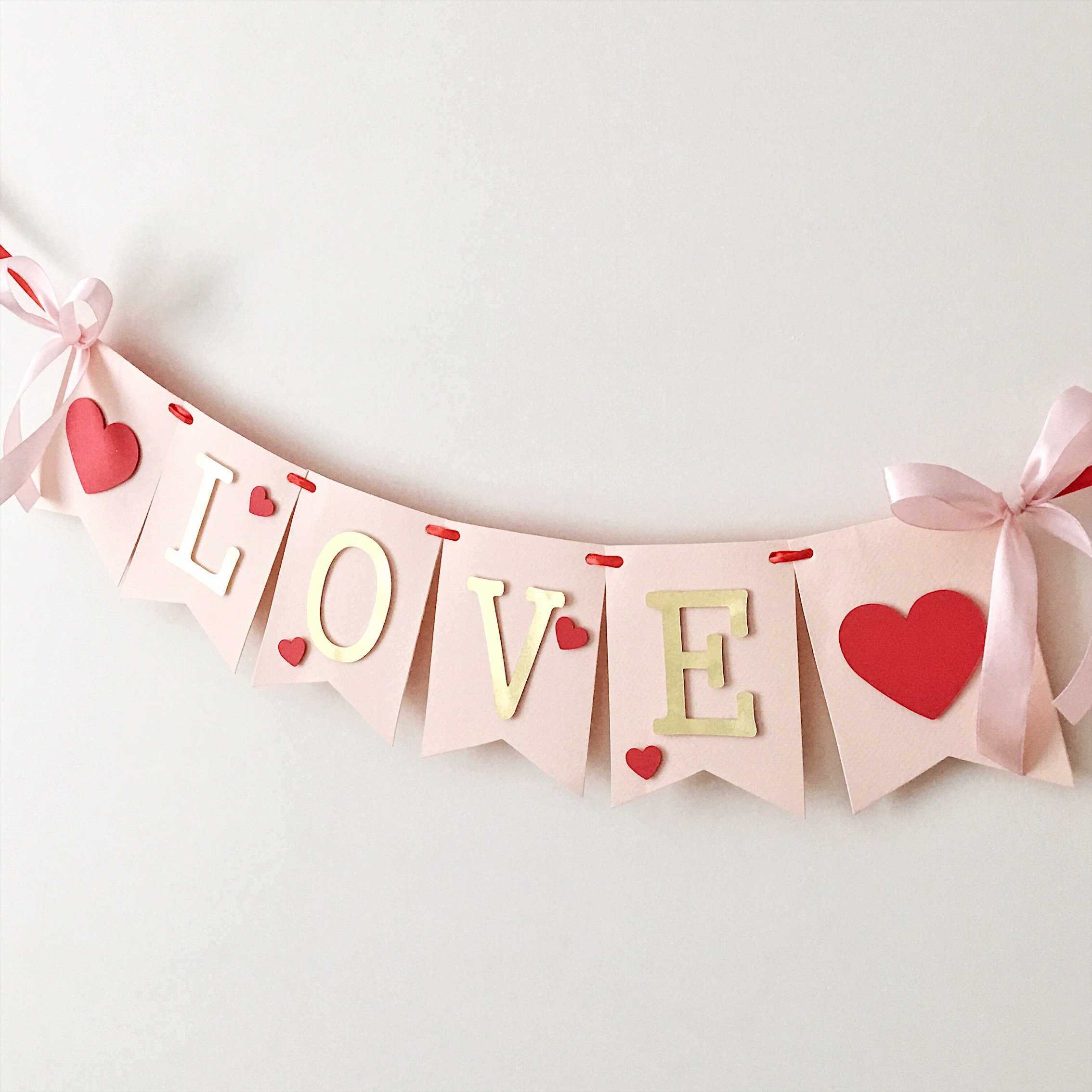 15 Sweet Handmade Valentines Day Banner Designs To Spice Up The Atmosphere