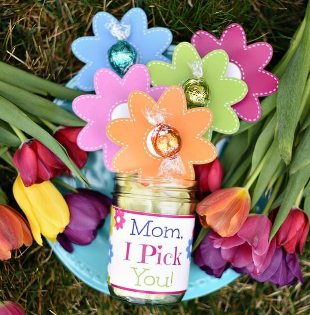 16 Budget-Friendly DIY Mother's Day Gift Ideas That Will Put A Smile On Her Face
