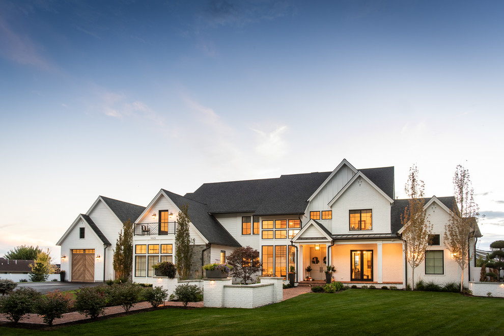 Farmhouse Landscape Design