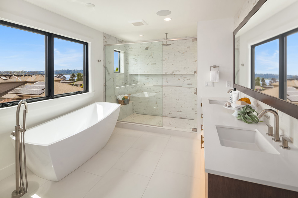 Kitchen Bath Remodel Gives Mid Century Home Modern Updates: 20 Imposing Mid-Century Modern Bathroom Designs You'll