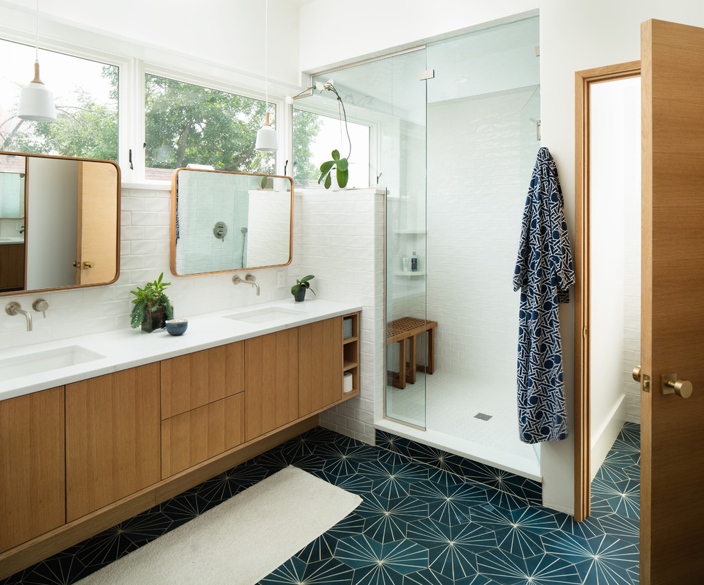 20 Imposing Mid-Century Modern Bathroom Designs You'll Fall In Love With