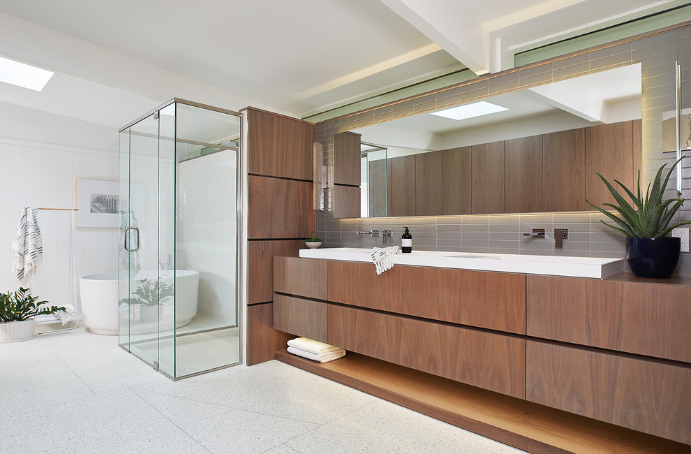 20 Imposing Mid Century Modern Bathroom Designs Youll Fall In Love With