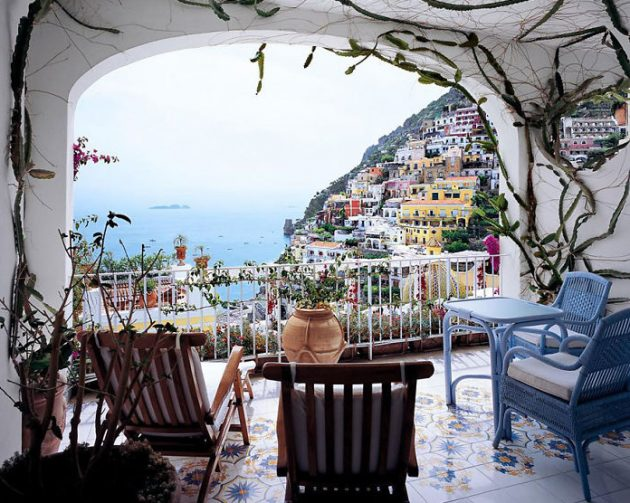 17 Appealing Balcony Designs That Everyone Should See