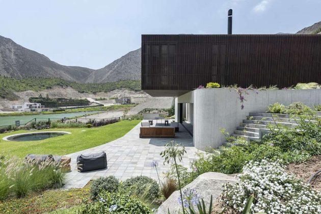 Casa Topo by Martin Dulanto Sangalli in Lima, Peru
