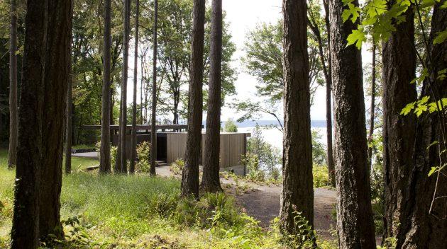 Case Inlet Retreat by MW Works in Lakebay, Washington