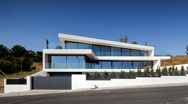 JC House by JPS Atelier in Cruz Quebrada, Portugal