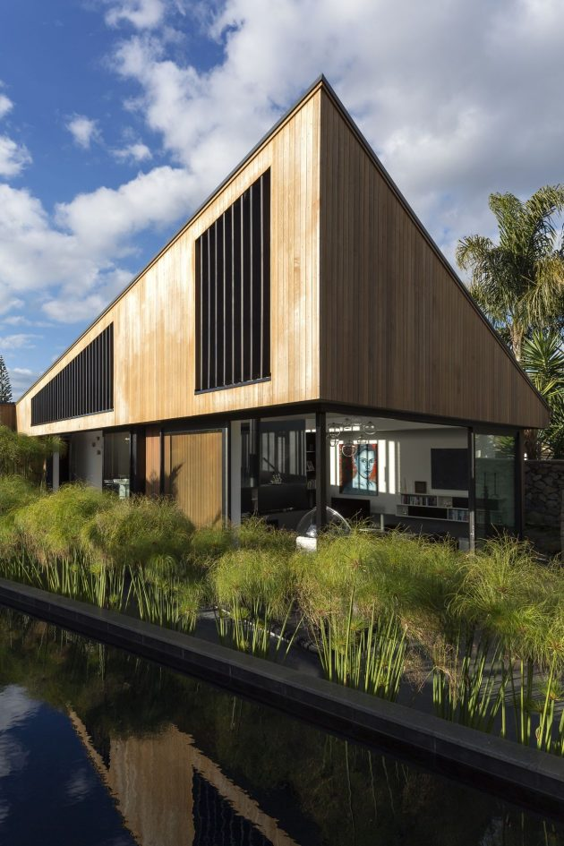 S House By Glamuzina Paterson Architects In Auckland New