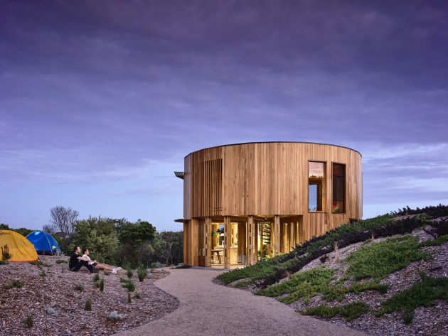 St. Andrews Beach House by Austin Maynard Architects in Victoria, Australia