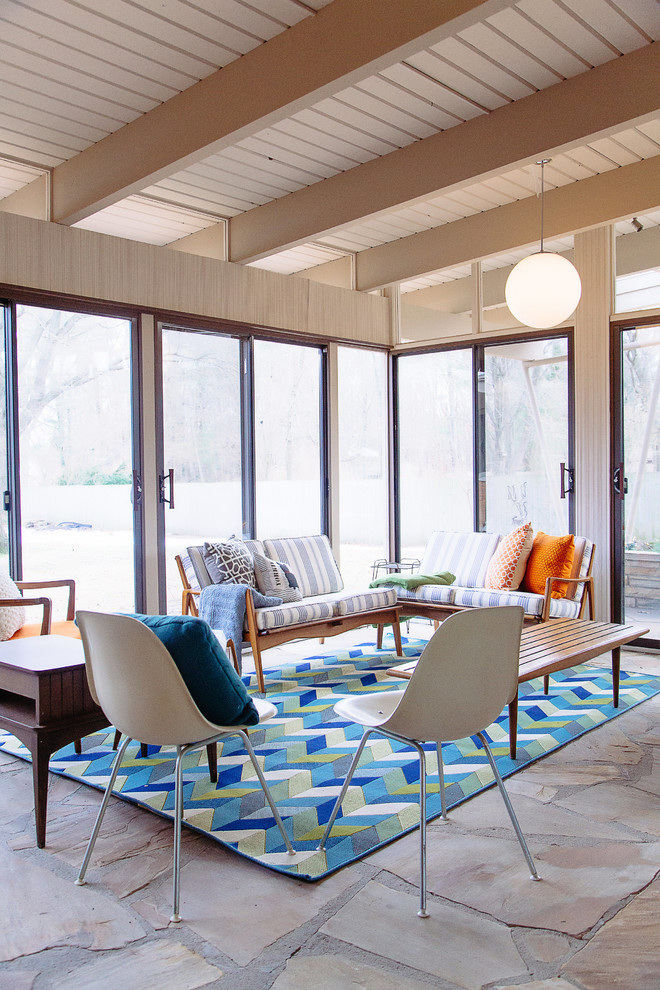 16 Amazing Mid-Century Modern Sun Room Designs To Chill Out In