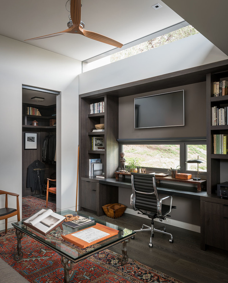 16 inspiring mid century modern home office designs that will get you hyped. Black Bedroom Furniture Sets. Home Design Ideas
