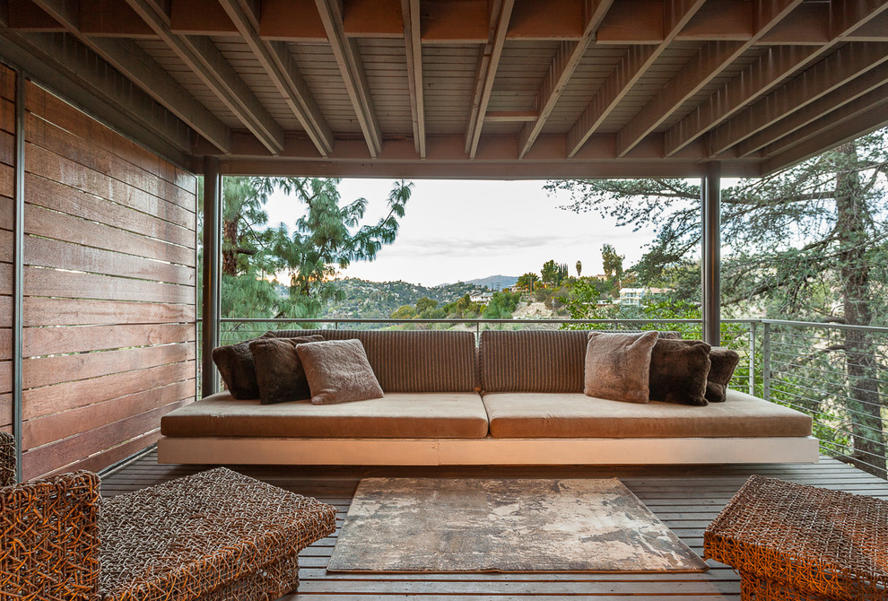 16 Stunning Mid Century Modern Balcony Designs You Will Adore