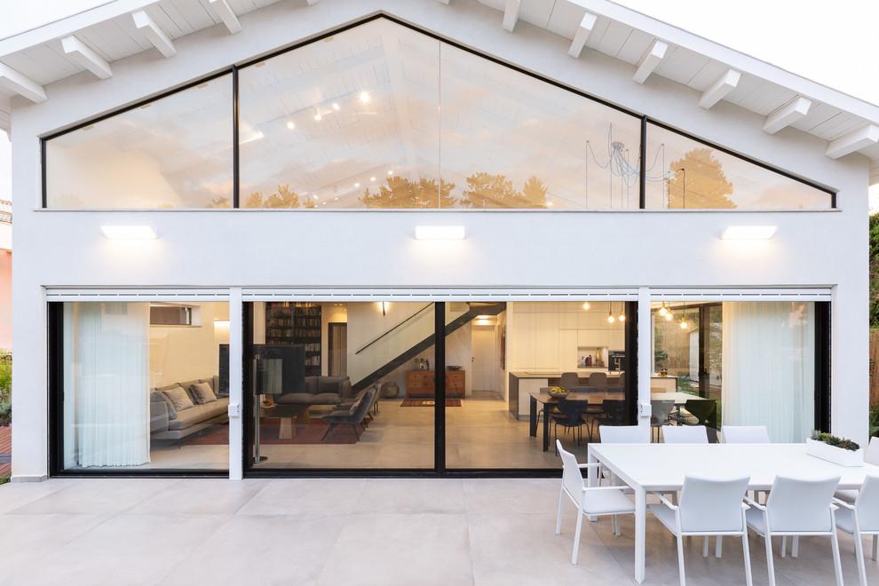 16 Stunning Mid-Century Modern Balcony Designs You Will Adore