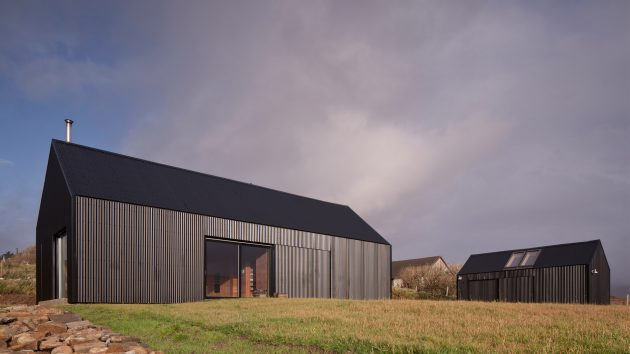 Black Shed by Mary Arnold Forster Architects on the Isle of Skye, Scotland