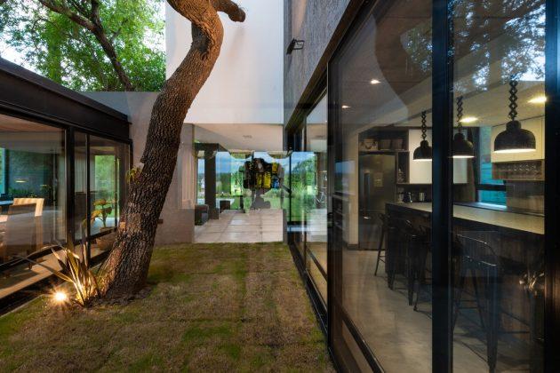 Cientocinco House by JAMStudio Arquitectos and Ivanna Cresta in Cordoba, Argentina